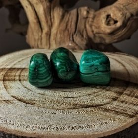 Tumbled Green Malachite Crystals