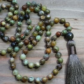 Green Serpentine & Charcoal Gray Mala